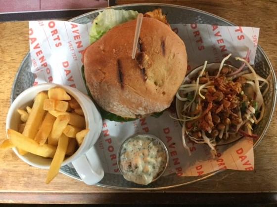Bulls Head chicken burger