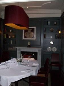 Restaurant 23 dining