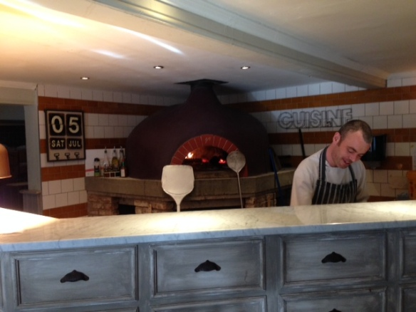 Ye Olde Saracens Head pizza oven