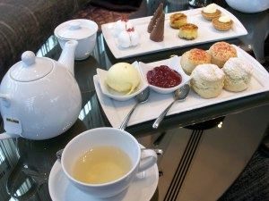 Hotel La Tour scones and afternoon fancies