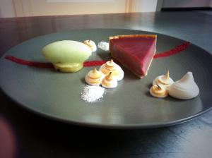 The Fuzzy Duck Armscote hedgerow sloe tart