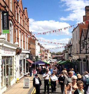 Smith Street Warwick