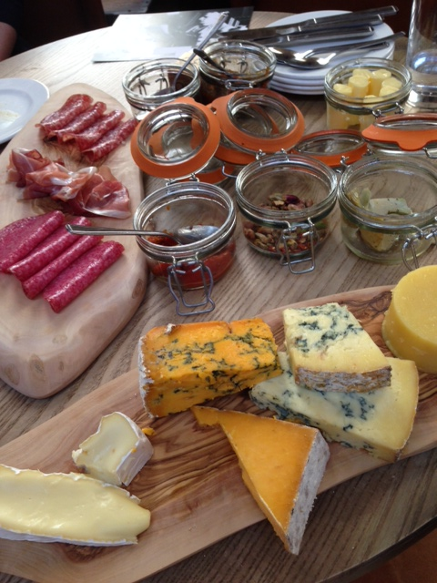 Edwardian Tea Rooms platters