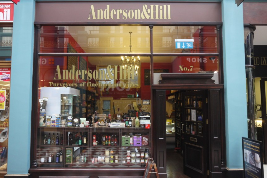 Anderson & Hill