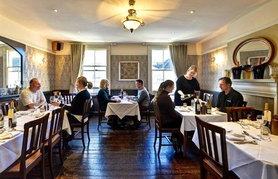 Oscar's bistro Leamington Spa upstairs dining room