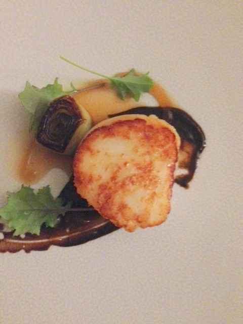 Mallory Court hand-dived scallop