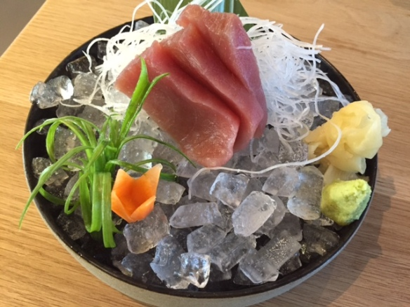 Rofuto yellow fin tuna sashimi