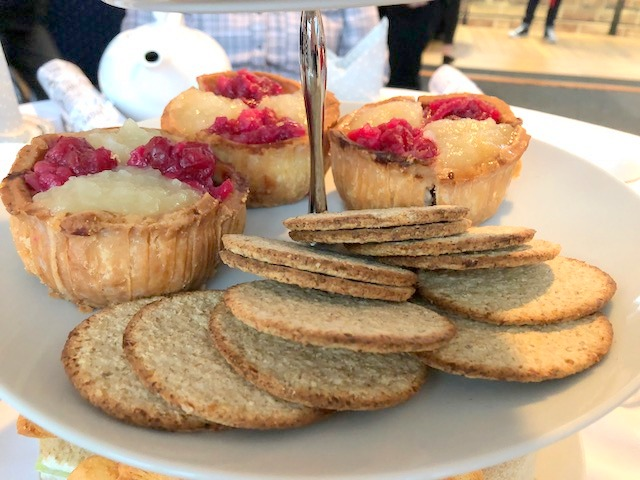 Pork pies with apple and cranberry with oatcakes