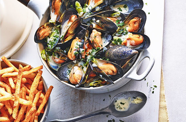 mussels and frites.jpg